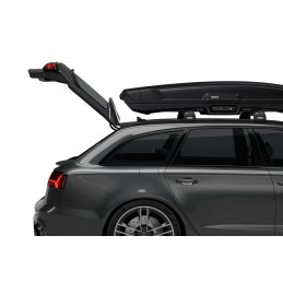 Full trunk access with minimal risk of contact with the cargo box, thanks to its forward position on the vehicle roof